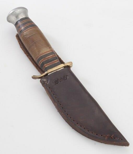 2 - kožené pouzdro na nůž