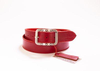 008 – Kožený opasek červený s červeným prošíváním